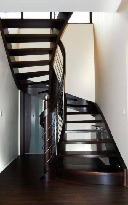 schody wewnętrzne 10
