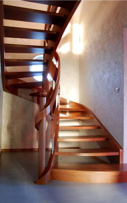 schody wewnętrzne 7