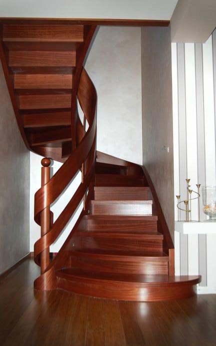 nowoczesne schody drewaniane